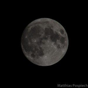 Moon (10/2015)